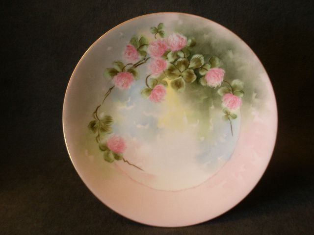 T & V Limoges Hand-Painted & Signed Plate w/Wild Pink Clover Blossoms Motif