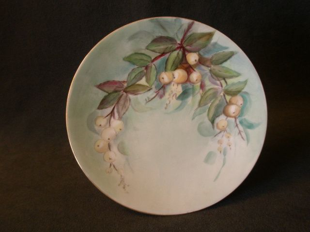 Favorite Bavaria Hand Painted Cabinet Plate w/White Mistletoe Motif