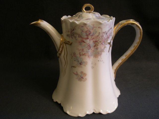 """Charles Haviland & Co. Limoges """"Blue Poppy"""" Teapot - Schleiger 226f, Blank 1"""