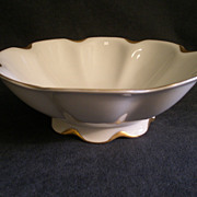 """Charles Haviland & Co. Limoges """"Silver Anniversary"""" Round Open Serving Bowl w/Raised Base- Schleiger #19"""