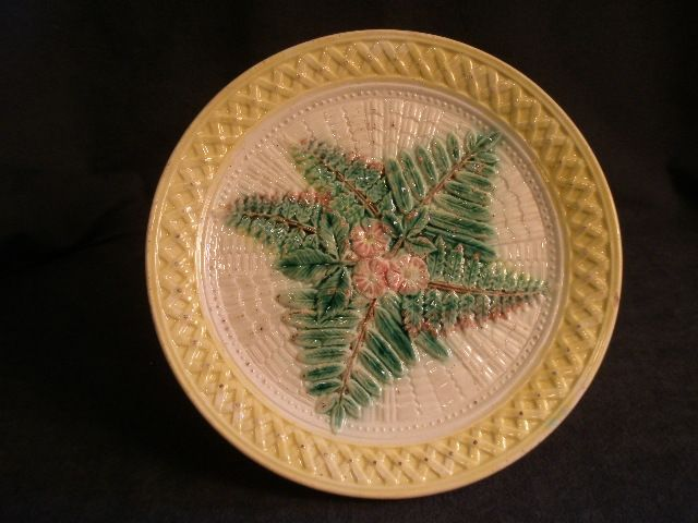 Victorian Majolica Plate w/Lattice, Fern & Floral Motif