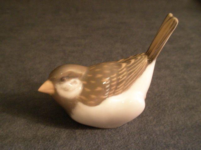 "Royal Copenhagen Figurine ""Sparrow w/Tail Up"" Model #1081"
