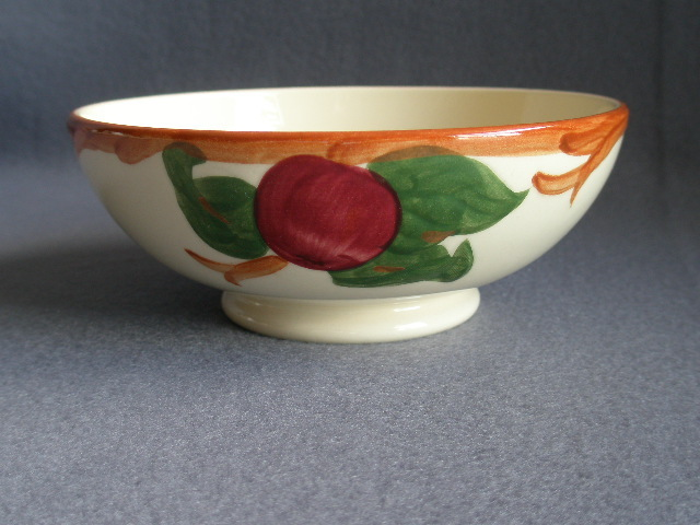"Set of 4 Vintage Franciscan China ""Apple"" Pattern Oatmeal Bowls"