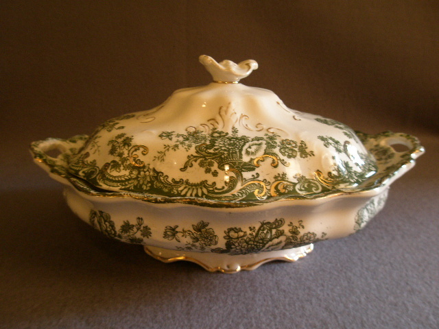 "A.J. Wilkinson Green Transfer-ware Covered Vegetable ""Arcadia"" Pattern"