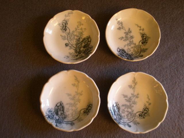 "Johnson Bros Blue Transfer ""Paris"" Pattern Set of 4 Butter Pats"