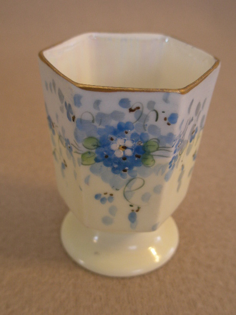 "Stouffer Studio H.P. China ""Forget-Me-Not"" Pattern Toothpick Holder"
