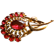 Vintage Art Deco Floral Design Brooch w/Ruby Glass Sets