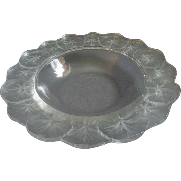 "Vintage Lalique France ""Honfleur"" Pattern 10 3/4"" Centerpiece or Console Bowl"