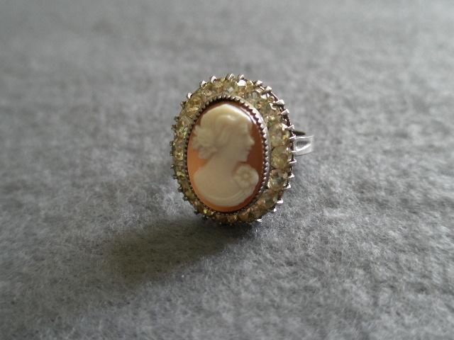 Uncas Manufacturing Company Diamond Rings