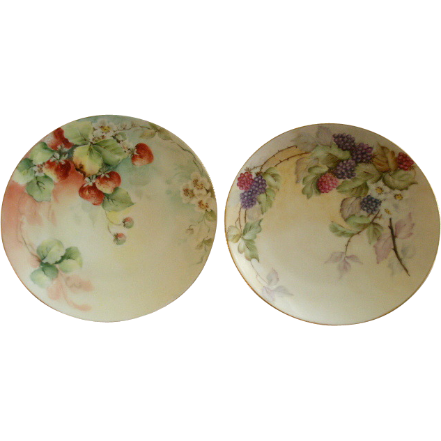 Pair of Bavaria Hand Painted Cabinet Plate w/ Strawberry & Raspberry Motifs