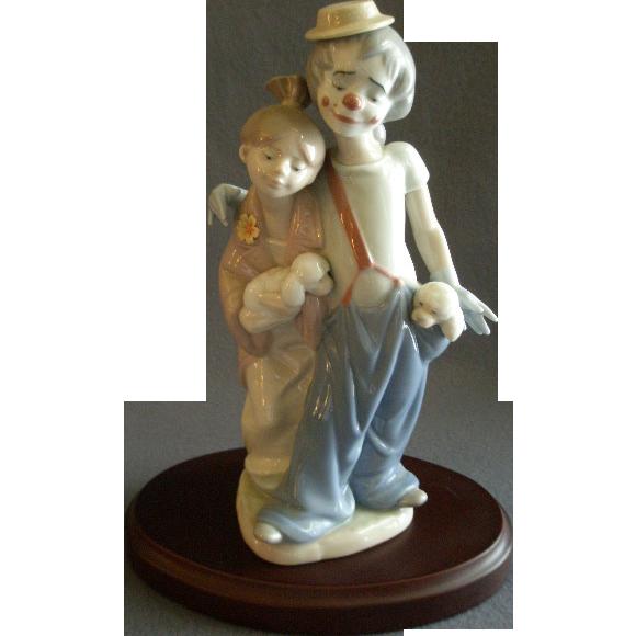 "Lladro ""Pals Forever"" Porcelain Sculpture #07686"