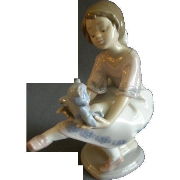 """Lladro """"Best Friend"""" Porcelain Sculpture #07620"""