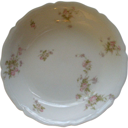 PH Leonard, Vienna, Austria, Porcelain Round Open Vegetable Bowl w/Pink & White Rose Motif