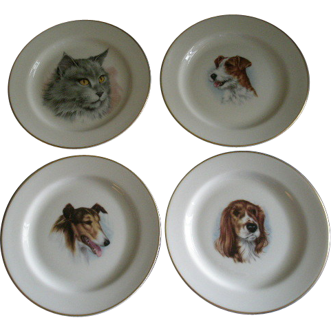 Vintage Pickard China Group of 4 Plates w/Cat & Dogs Decoration