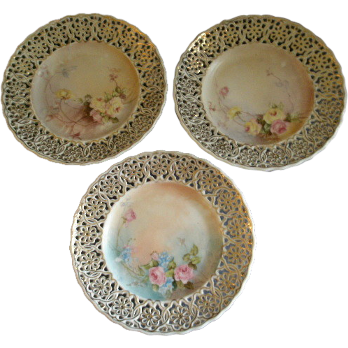 Meissen Reticulated Hand Painted Set of 3 Cabinet Plates w/Roses Motif