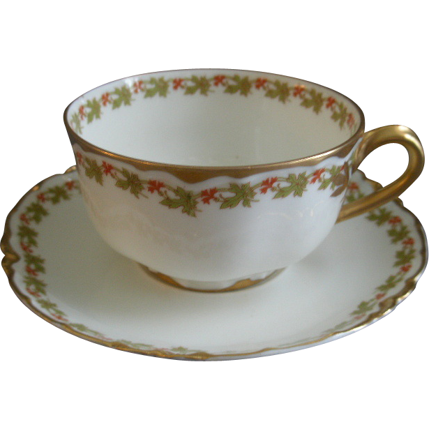 "Set of 4 Haviland & Co. Limoges ""Red Flowers & Green Leaves"" Pattern Cups & Saucers - Ranson w/Gold Blank #1"