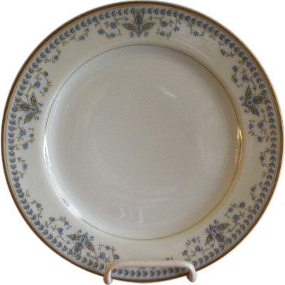 "Haviland & Co. Limoges Arts & Crafts ""English Oatmeal"" Pattern - Set of 6 Salad/Dessert Plates"