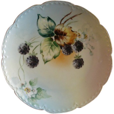 Hand Painted Porcelain Cabinet Plate w/Lush Blackberries & Blossoms Motif