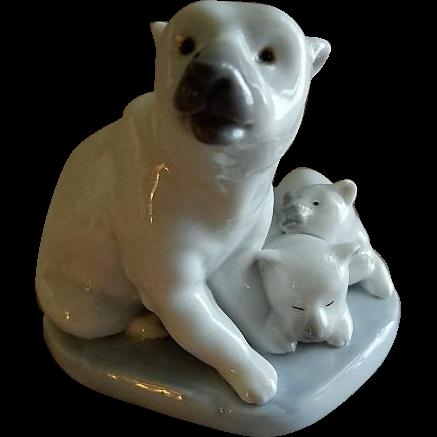 "Lladro ""Polar Bear Miniature"" Porcelain Sculpture #5434"