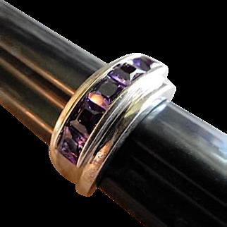 Vintage Sterling Silver & Amethyst Ring - Size 7 1/2