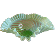 "Jefferson Glass ""Swirl"" Pattern Green Opalescent Ruffled Scalloped Edge Bowl"