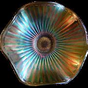 Fenton Green Carnival Glass Stippled Rays Scalloped Bowl