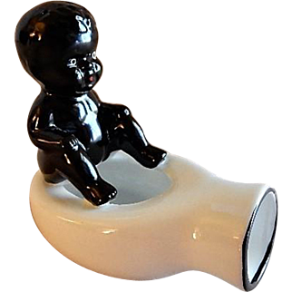 Occupied Japan Black Americana Ash Receiver - Child with Bed Pan