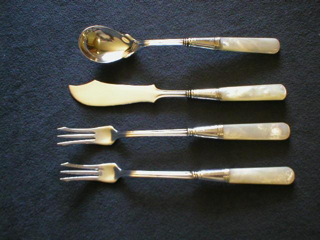 Mother-Of-Pearl Handled Silver Master Butter Knife