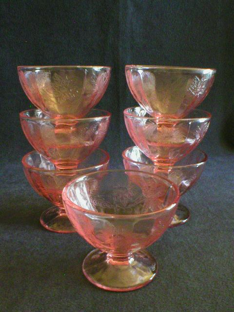"Set of 7 - Jeannette ""Floral"" or ""Poinsettia"" Pink Sherbets"