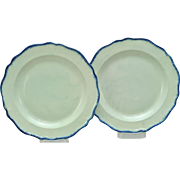 Antique Pair of 10 Inch Blue Chippendale Shape Feather Edge Pearlware Plates 1790