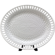 Antique Wedgwood Daisy Border Creamware Oval Basketweave Platter Late 18th Century