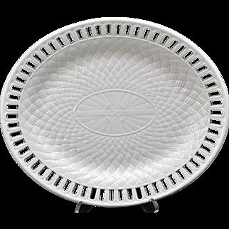 Antique Wedgwood Daisy Border Creamware Oval Basketweave Platter Late 18th Century