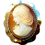 Cameo Shell Broach Gold Italian Portrait 1987 Vintage