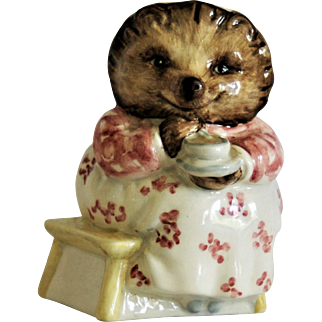 Beatrix Potter Beswick England Mrs.Tiggy Winkle Takes Tea F.Warne