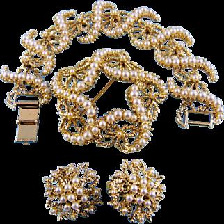 Gorgeous Dimensional Gold Tone Glass Pearl Three Piece Set Mint