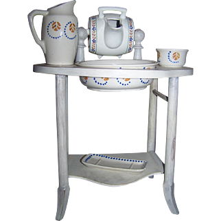 Barrel Toilette Set Stand French With Accessories