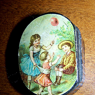 Vintage/Antique Doll Accessory Ring/Jewelry Litho Box Children on Lid With Doll Necklace