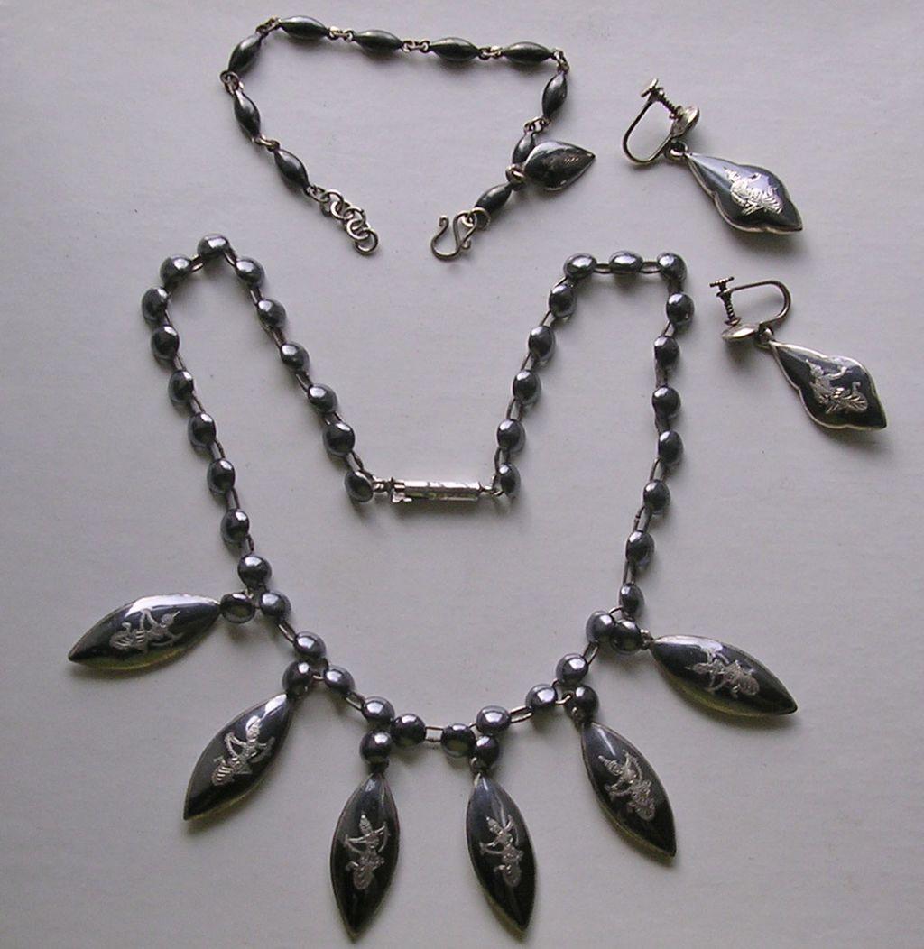 Siam Sterling Silver Niello Necklace, Earrings & Bracelet Demi-Parure