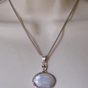 Sterling Silver Labradorite Pendant with Rat Tail Chain