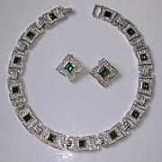 Fabulous Vintage Clear & Emerald Rhinestone Collar Necklace & Earrings