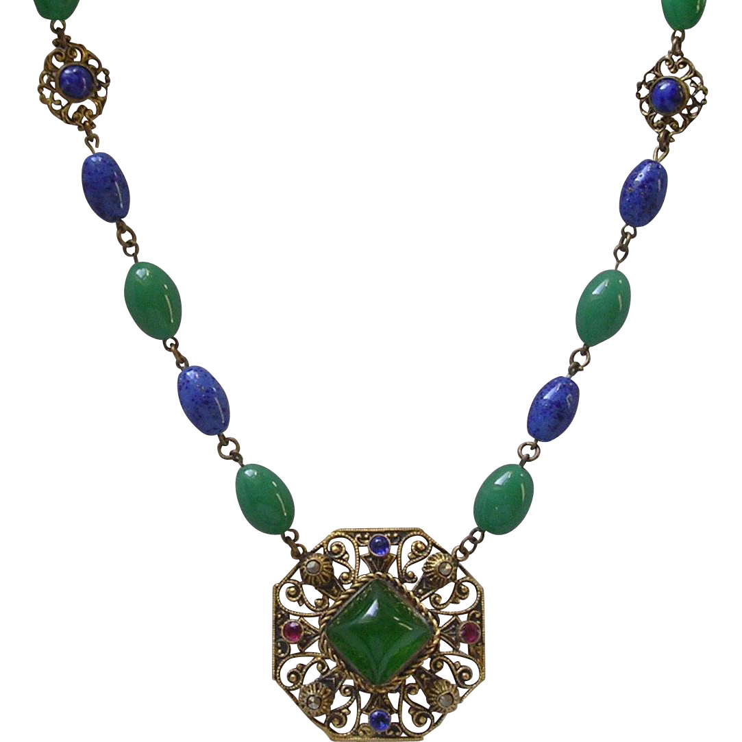 Czech Art Deco Imitation Jade & Lapis Glass Bead Pendant Necklace
