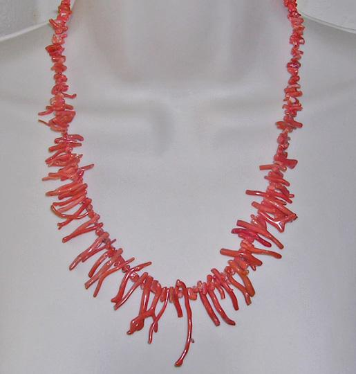 Beautiful Vintage Red Long Branch Coral Necklace