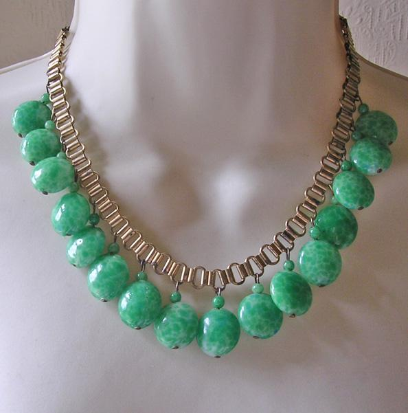 Art Deco Peking Glass Bookchain Bib Necklace