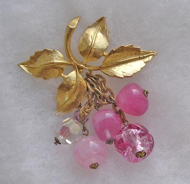 Vintage Art Glass Bead Cascade Brooch