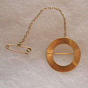 Antique 14K Gold Brooch With Safety Chain