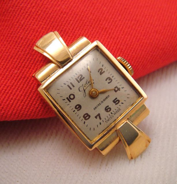 18K Yellow Gold Art Deco Vintage Watch Swiss Made 15 Rubies