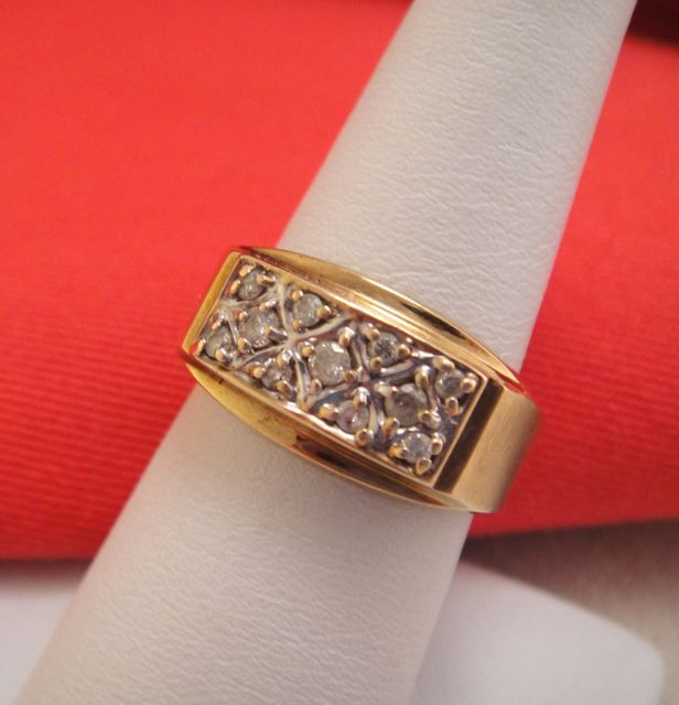 Vintage Estate Diamond 10k Gold Mens Ring Band