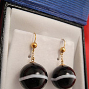 Antique 10k Gold Scottish Agate Earrings
