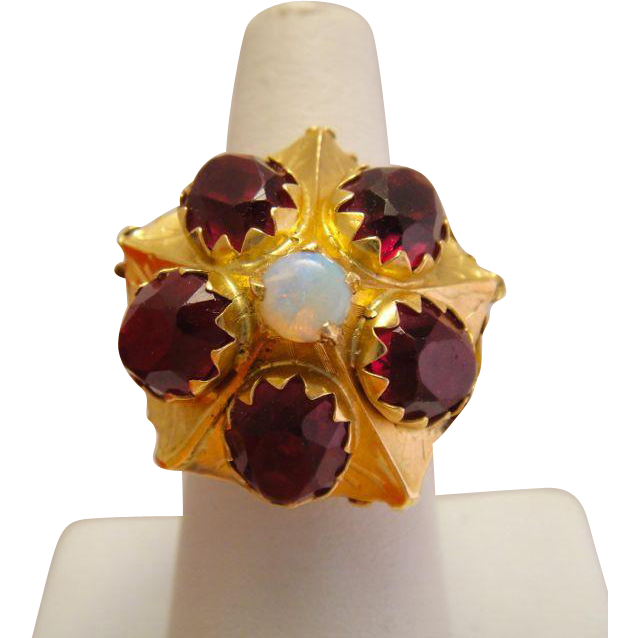 Antique 14k Yellow Gold Rhodolite Garnet Opal Ring