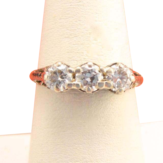 Lovely Antique Edwardian 18k Gold 3 Stone Diamond Engagement Ring